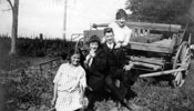 Elizabeth (Honey), Mary, Mark and Anna. ca. 1914.